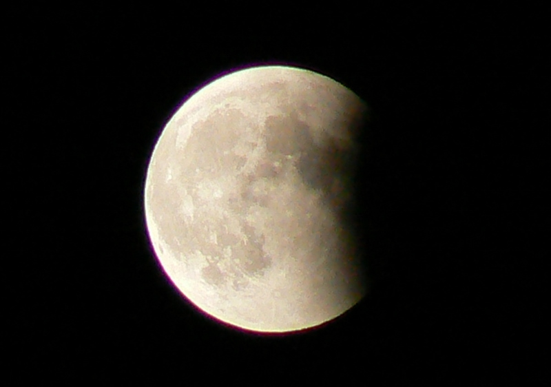 6_Total Lunar Eclipse /Photo: J Matsumoto