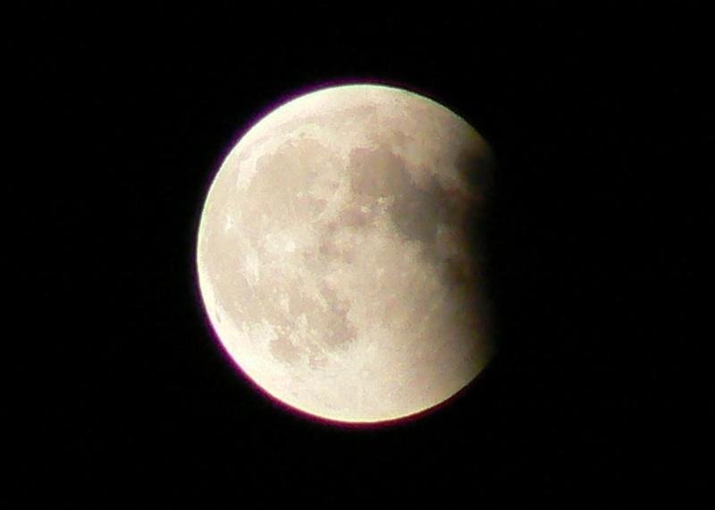 7_Total Lunar Eclipse /Photo: J Matsumoto