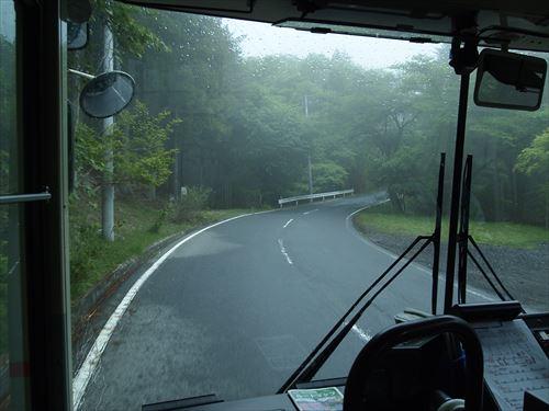 三峯神社行きバス