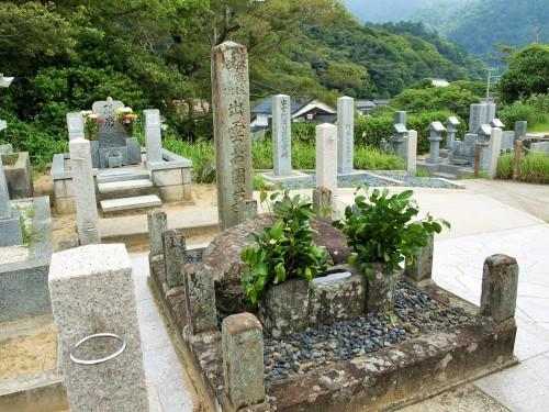 出雲の阿国の墓
