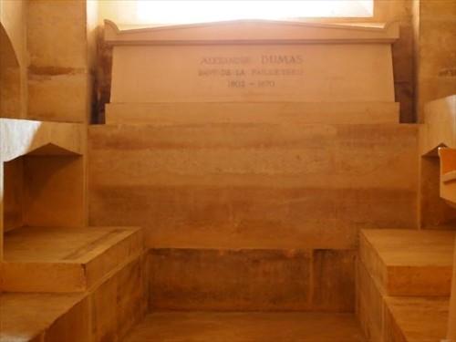 デュマの棺