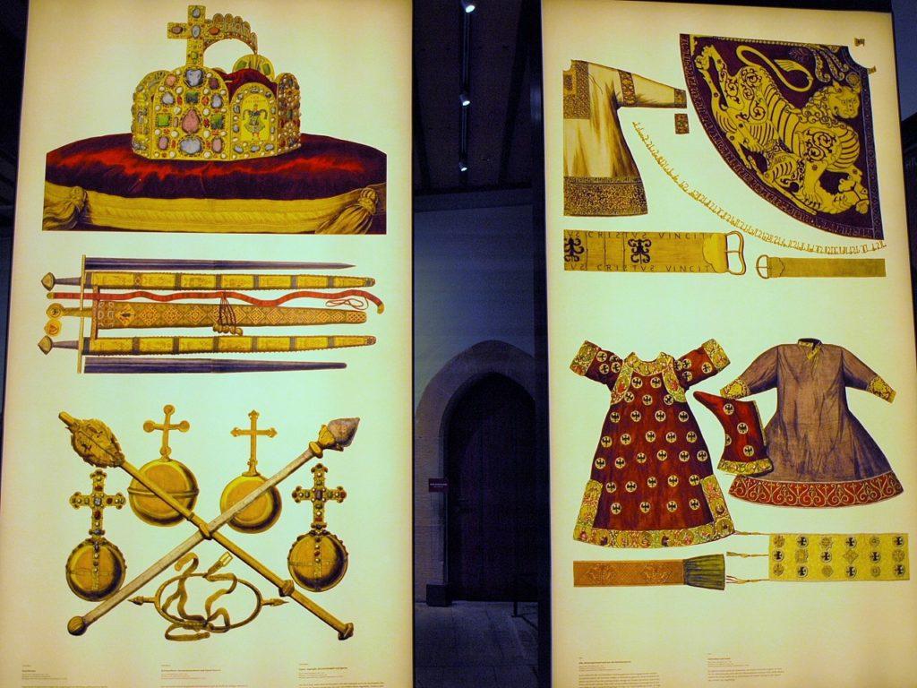 神聖ローマ皇帝の持ち物