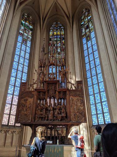 「聖血の祭壇」(木彫り)
